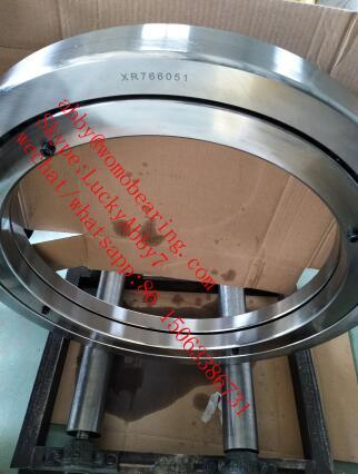 XR766051 XR766030 crossed tapered roller bearing