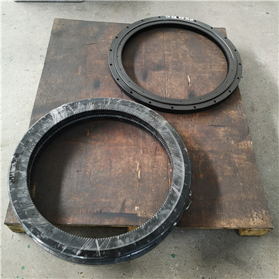 L6-37E9Z Slewing Rings(41.2*32.83*2.2inch) with External Gears for Mining and Forestry equipment