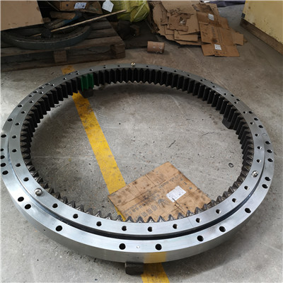 L9-42E9Z Slewing Ring Bearing(47.04*35.63*3.54inch) with External Gears for Aerial Lifts