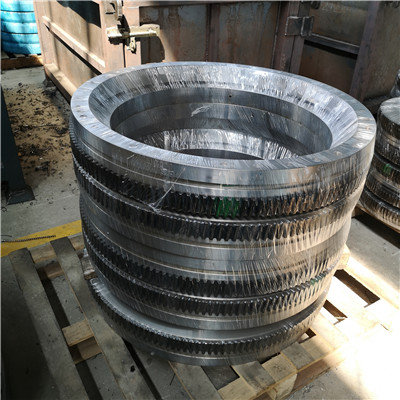 L9-57E9Z Slewing Ring Bearing(62.64*51.38*3.54inch) with External Gears for Aerial Lifts