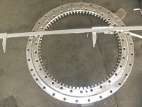 RKS.062.25.1314 Swing Bearing With Internal Gear Teeth 1399*1182*68mm