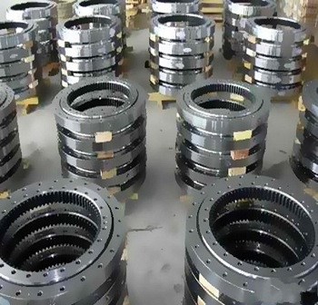 China factory supply XI 140897N cross roller bearing with inner gear teeth 776*976*54mm