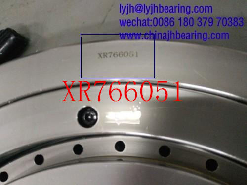 crossed tapered roller bearing XR766051 457.2x609.6x63.5mm stock