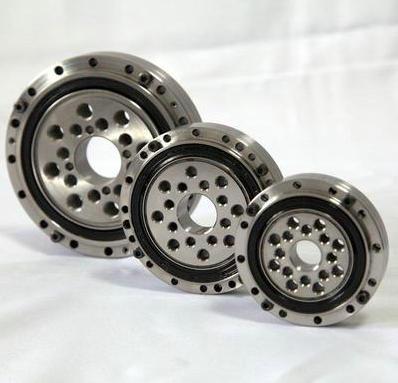 RU 297 UUCC0 Crossed Roller Bearing 210x380x40mm