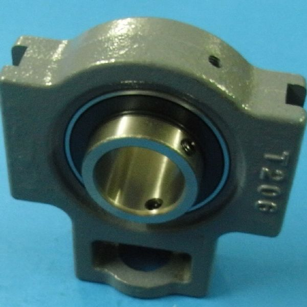 UCT203 bearing 17X89X31mm
