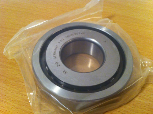 High Precision Angular Contact Ball Bearing 7602025 25x52x15mm