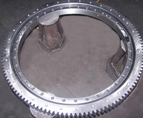 1792/885 cross roller slewing bearing