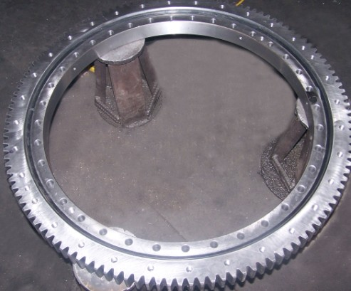 LIEBHERR 914 excavator slewing bearing