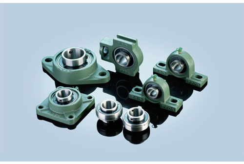 UCT207 bearings 35*16*42.9