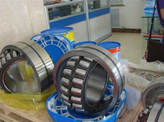 23072 CAC/W33 spherical roller bearing 360x540x134mm