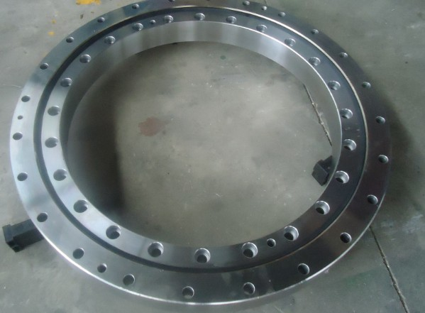 011.40.900 slewing bearing ring with external tooth