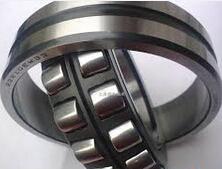 24140 CCK30/C3W33 Spherical roller bearing 200x340x140mm