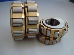 UZ328G1P6 Eccentric Bearing/Cylindrical Roller Bearing 140x300x62mm