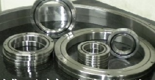 RB2008 Thin-section crossed roller bearing 20x36x8mm