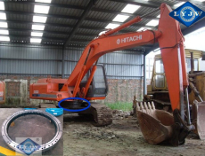 Hitachi EX60-4 excavator slewing bearing